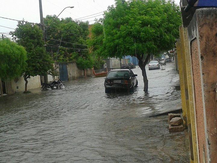 enchentes-costaesilva